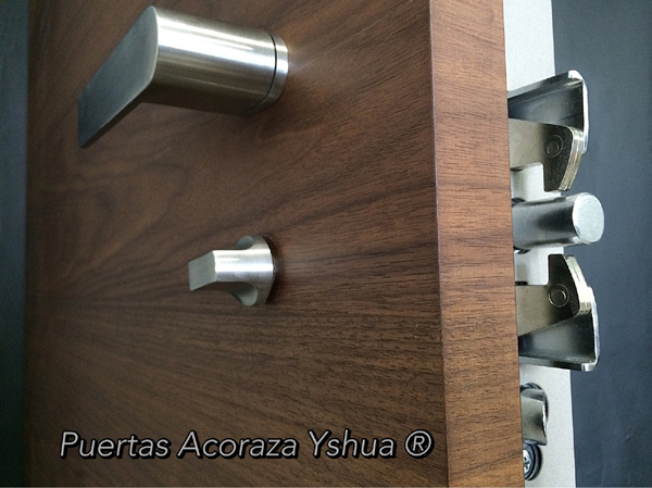 Panel interno del modelo Yshua next